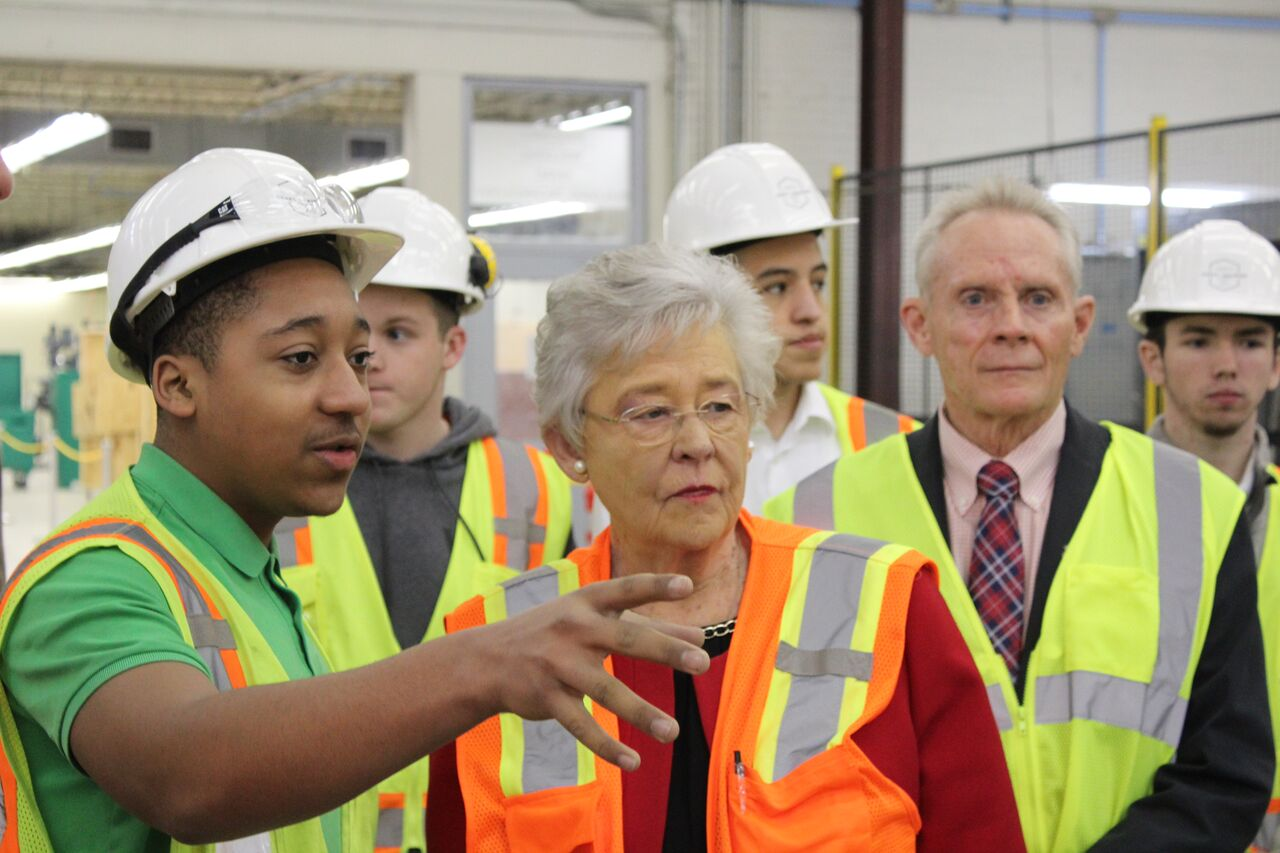 Gov. Ivey_Associated Builders and Contractors tour.jpeg
