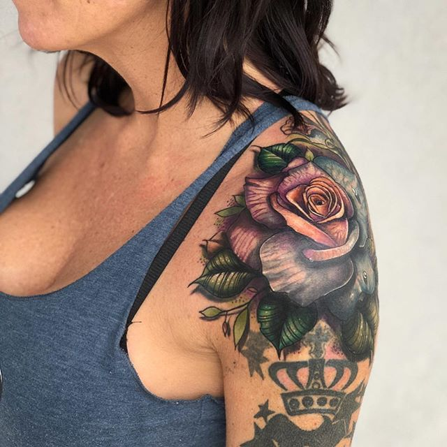Thanks for the trust @angeliquenkennedy, more to come on this coverup sleeve in progress. I didn't do the stars and zodiac. Just the rose. thanks for looking! . . . . . #terynlanceart #heliostattoo #heliosproteam #littlerock#arkansas#arkansastattoos #arkansastattooartist #arkansastattooshop #blackcobratattoos #centralarkansas #tattoo#tattoos#ink#rosetattoo#insta#instagood#instatattoo #tattoosnob#tattoodo#tattoosofinstagram #tattoosofinsta#tattoosforwomen#tattoosformen#tattooartist #tattooartistsmagazine #inkedmag#electrumstencilprimer #cheyennetattooequipment #fusionink#inkeeze