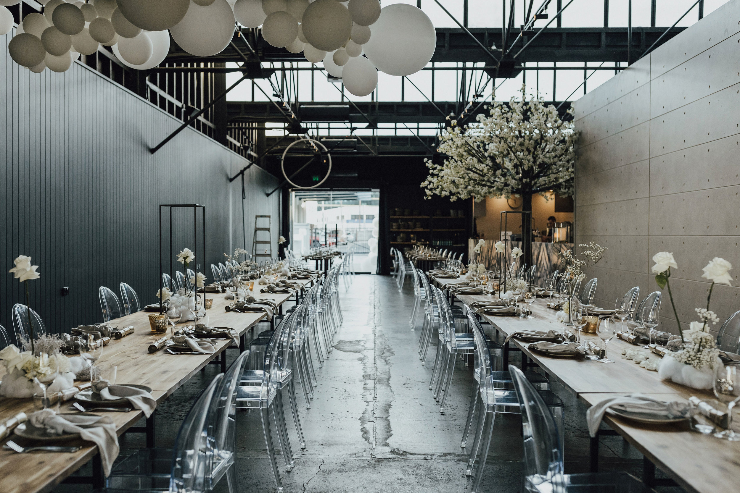 Oaklab deigns | table styling pieces