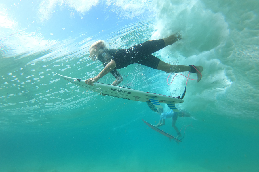 PM-Surfing-DuckDive-900.jpg