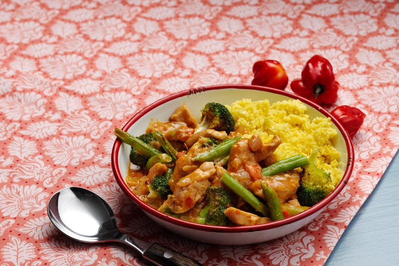 The Palto curry chicken with cauliflower rice quick and easy.jpg