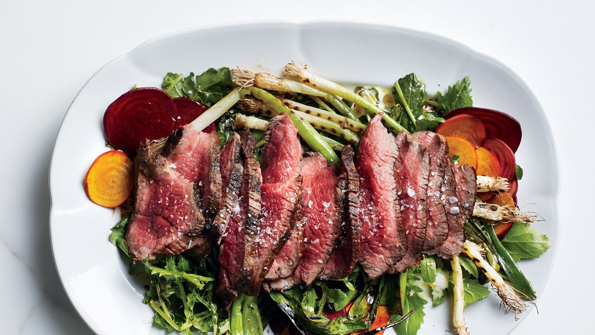 The-Palto-grilled-steak-salad-with-beets-and-scallions1.jpg