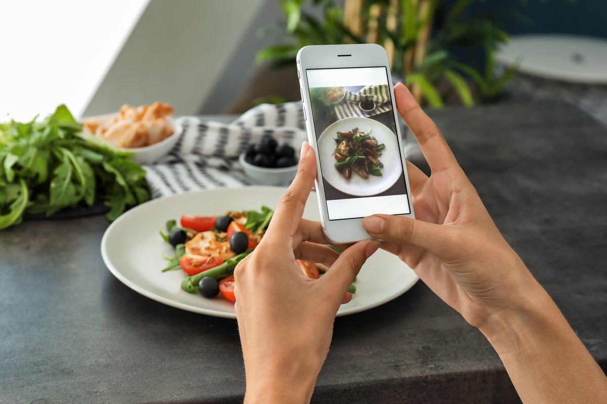The Palto Share Food on Social Media