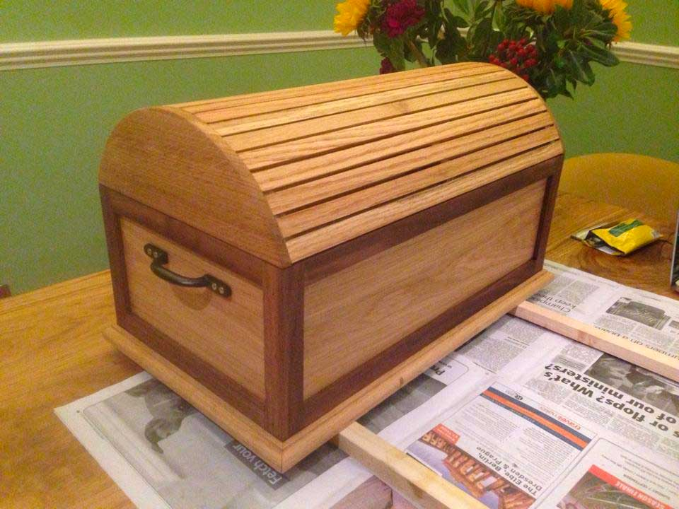 oak-storage-chest.jpg