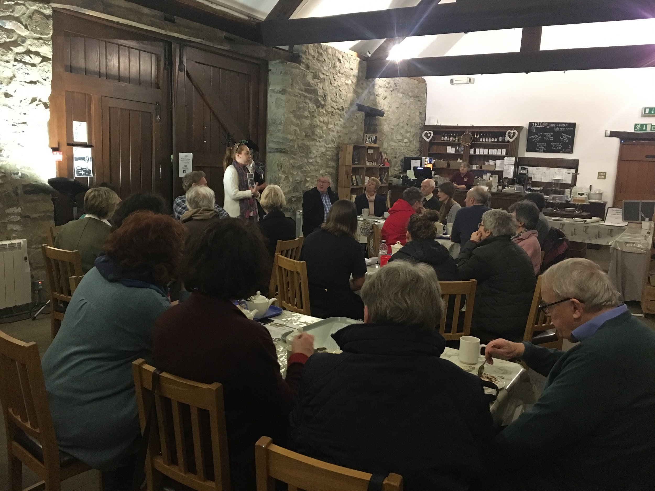 Launch of (Re-)Living History - In February, a group of local Leicestershire writers and members of the community came together at the 1620's House and Gardens to celebrate the launch of Georgie Lorimer's debut poetry pamphlet, (Re-)Living History.Complete with tea and cake, we celebrated the lanes of the Appleby and the peaks of Derbyshire…