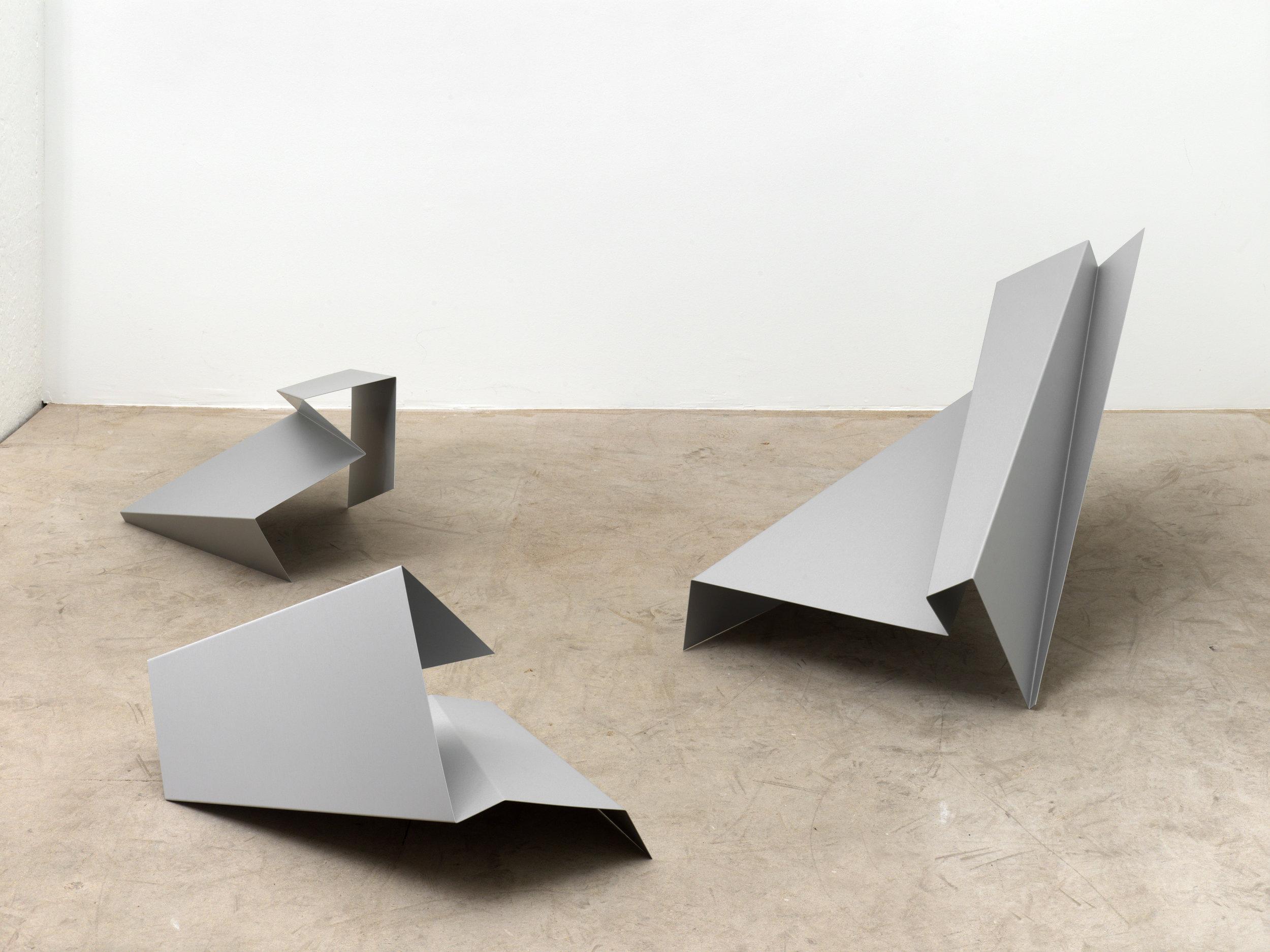 o.T., (untitled), 2006, Aluminium, anodized