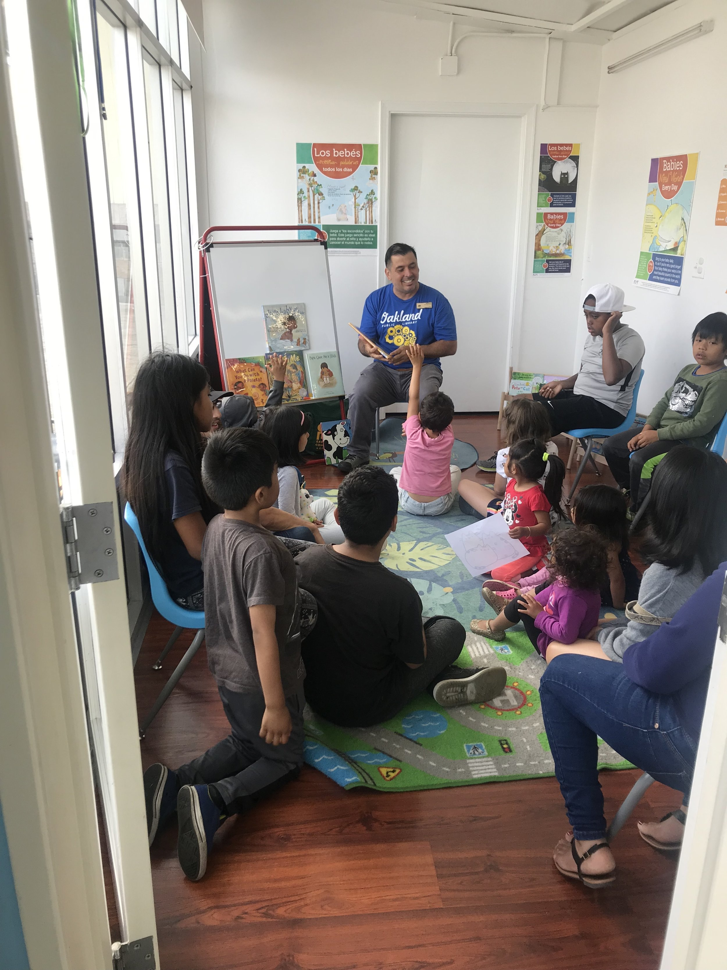Story Time at Oakland Wash and Learn (WALI)