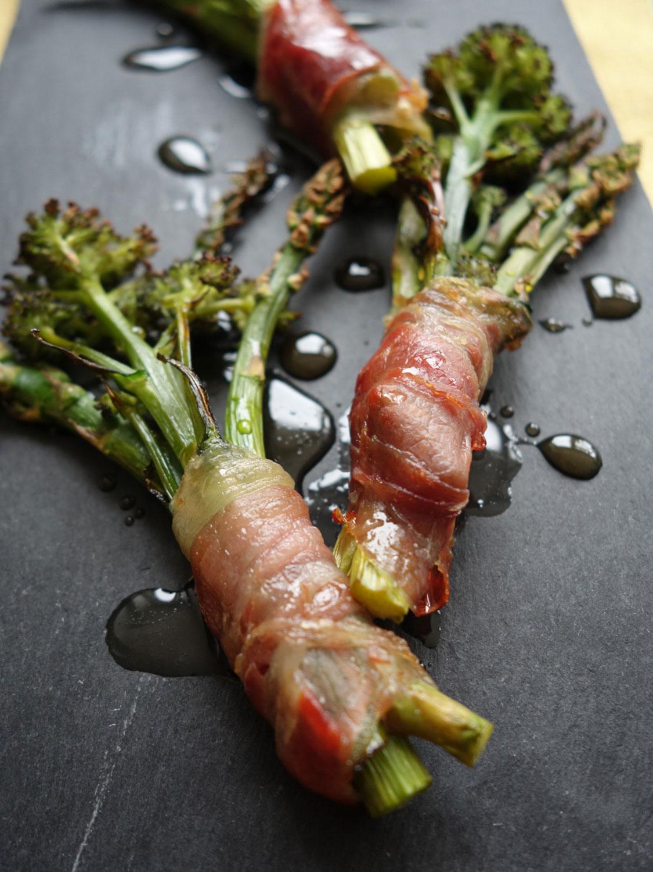 prosciutto wrapped sprouting broccoli