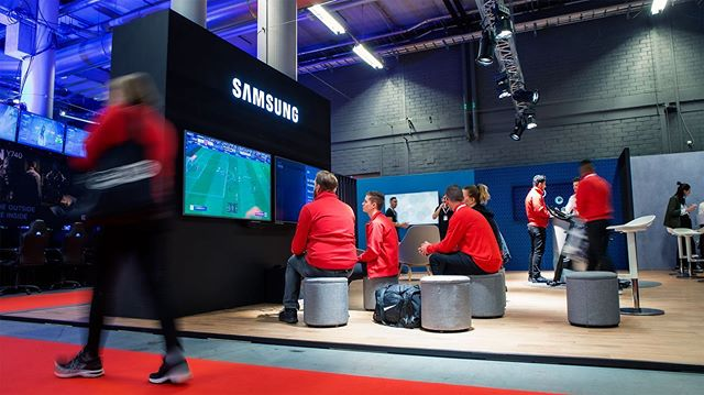 We love our partnership with Samsung! This time balancing playfulness and knowledge when training Media Markt staff in Samsung Connected Living and Ambient Mode. . . . #samsung #mediamarkt #mediamartkexpo2019 #conceptdesign #creative #agency #artdirection #inspiring #retail #retaildesign #design