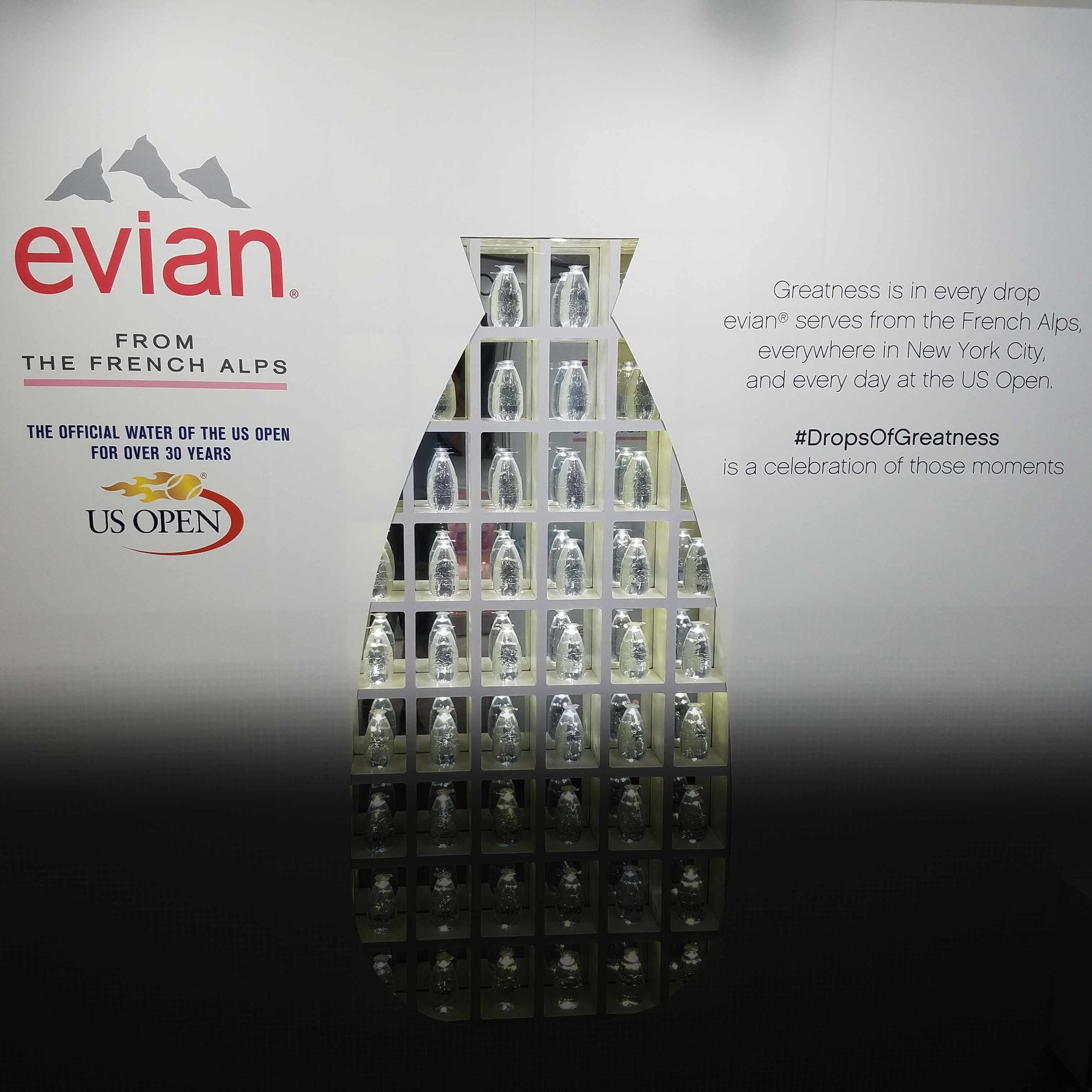 "<p><a href=""/area-of-your-site"">Evian</a>"