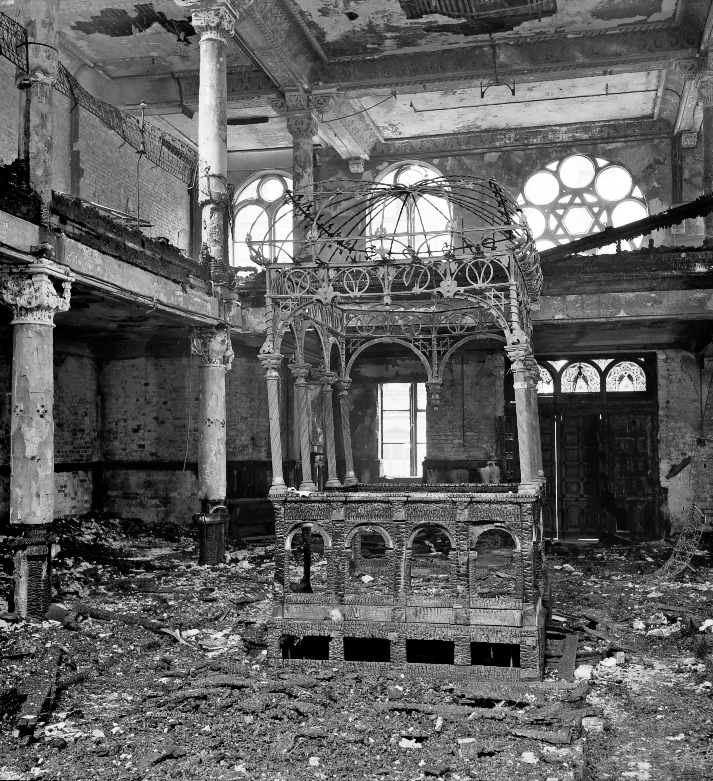 Synagoge in der Essenweinstraße nach der Zerstörung in der Pogromnacht 9./10.11.1938, Foto Hochbauamt, November 1938. (Stadtarchiv Nürnberg A 39/I Nr. 75-N)