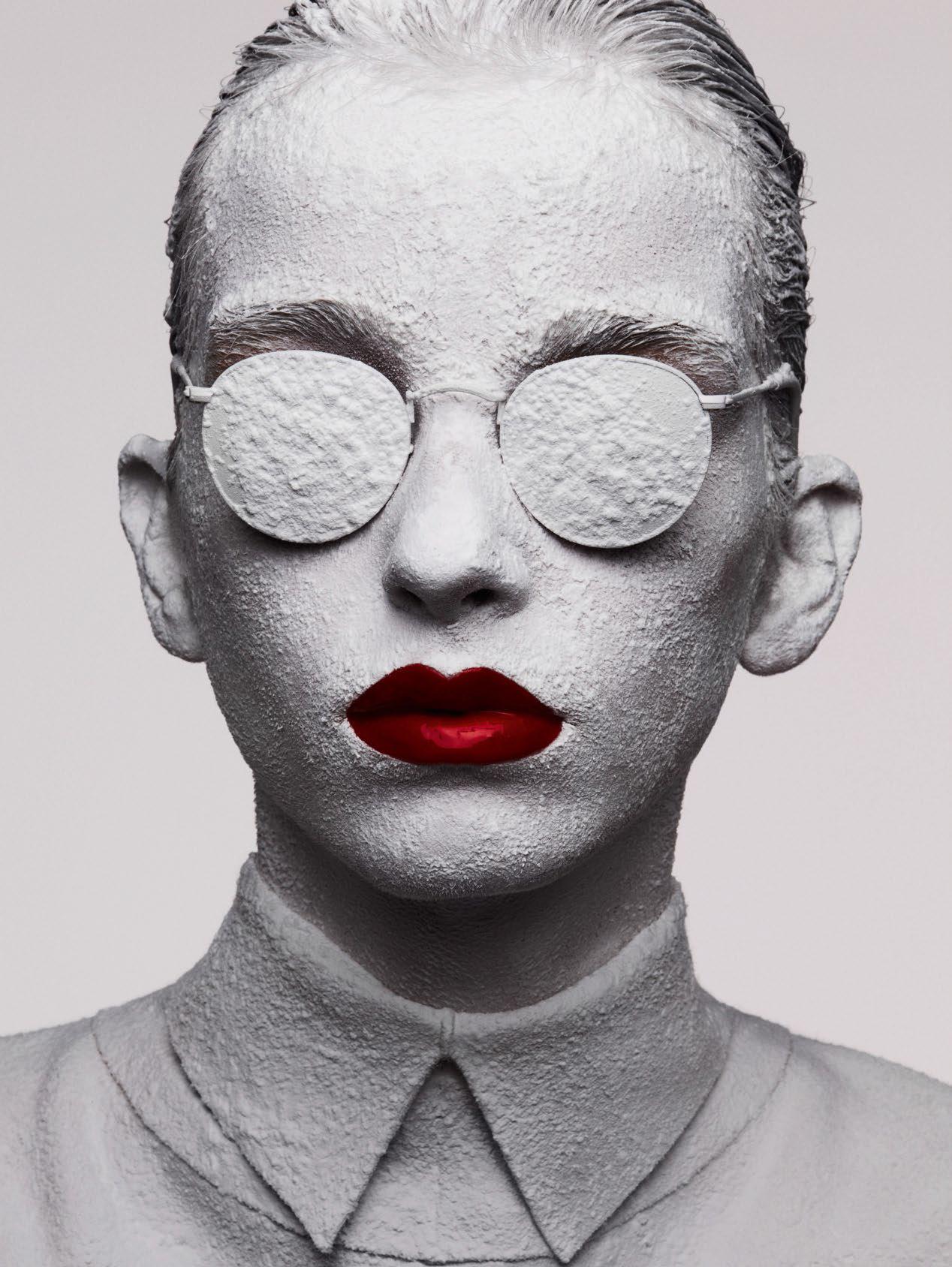 Ben-Hassett-Le-Choc-Des-Pigments-Vogue-Paris-November-2016-5.jpg