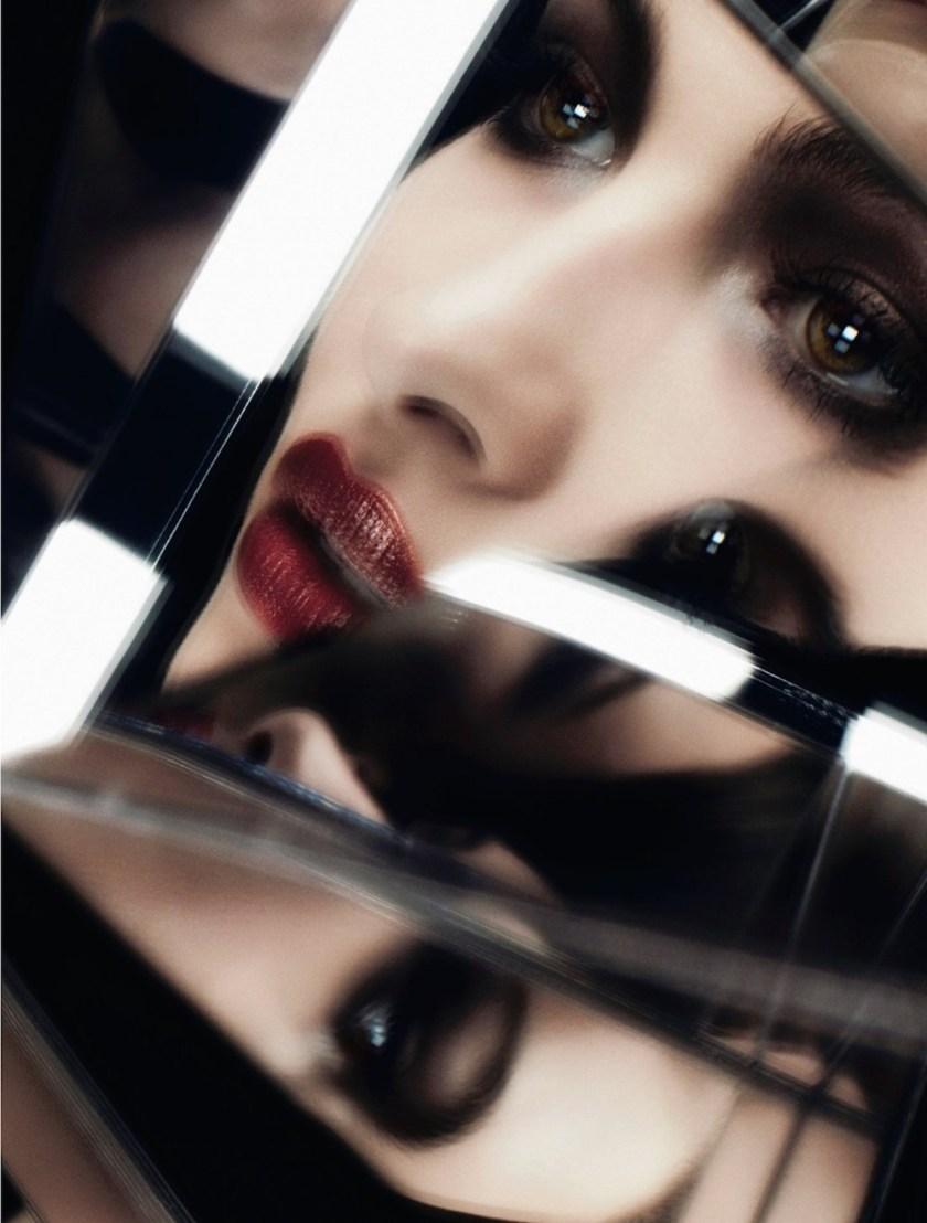 DIOR-MAGAZINE-Grace-Elizabeth-by-Ben-Hassett.-Celia-Azoulay-Fall-2106-www.imageampified.com-Imag-3.jpg