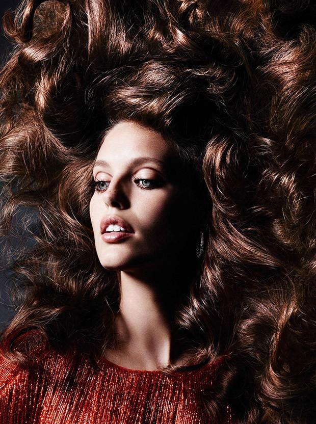 Emily-DiDonato-Vogue-Paris-Ben-Hassett-01-620x832.jpg