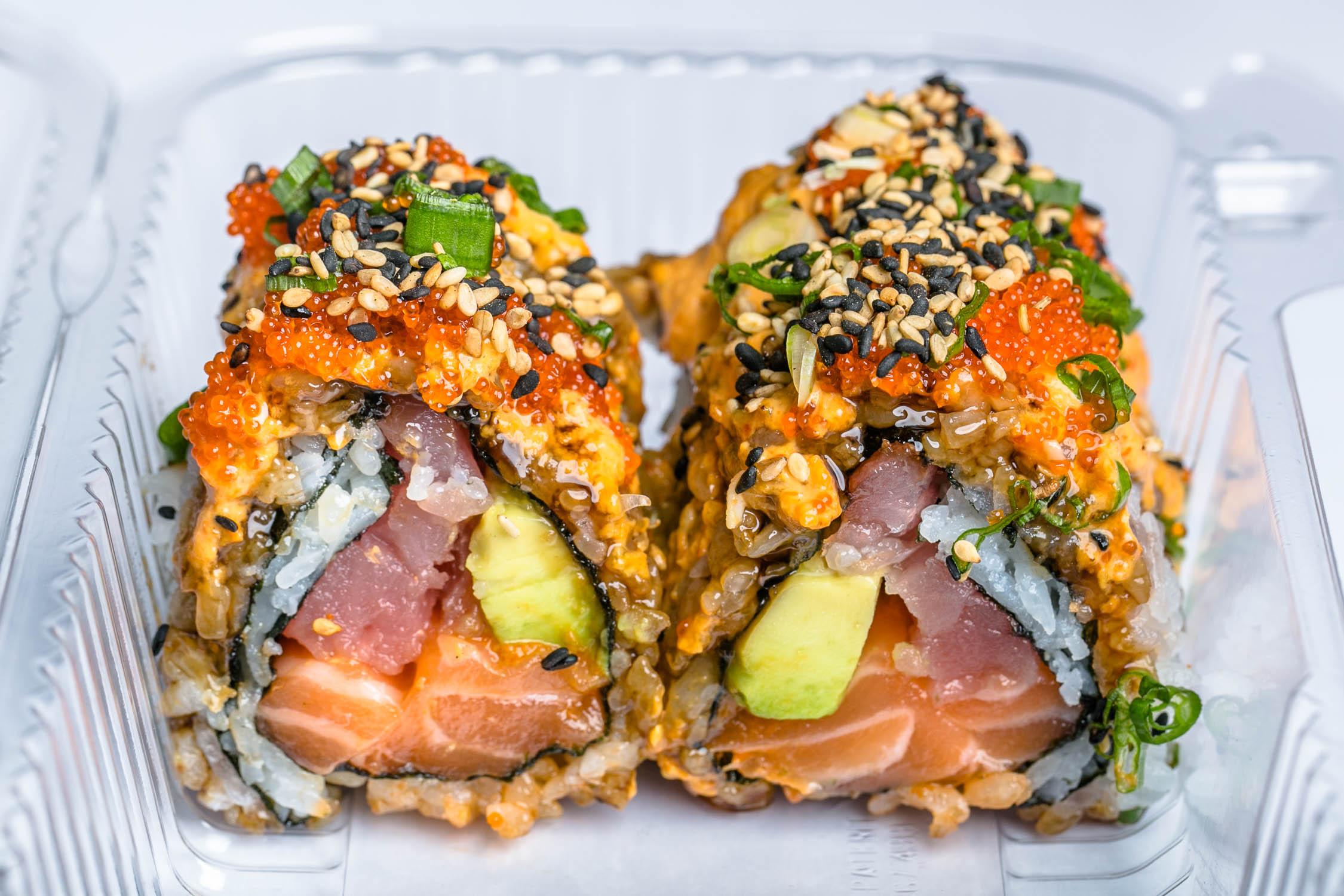 Makimono-Sushi-Roll-Erik-Meadows
