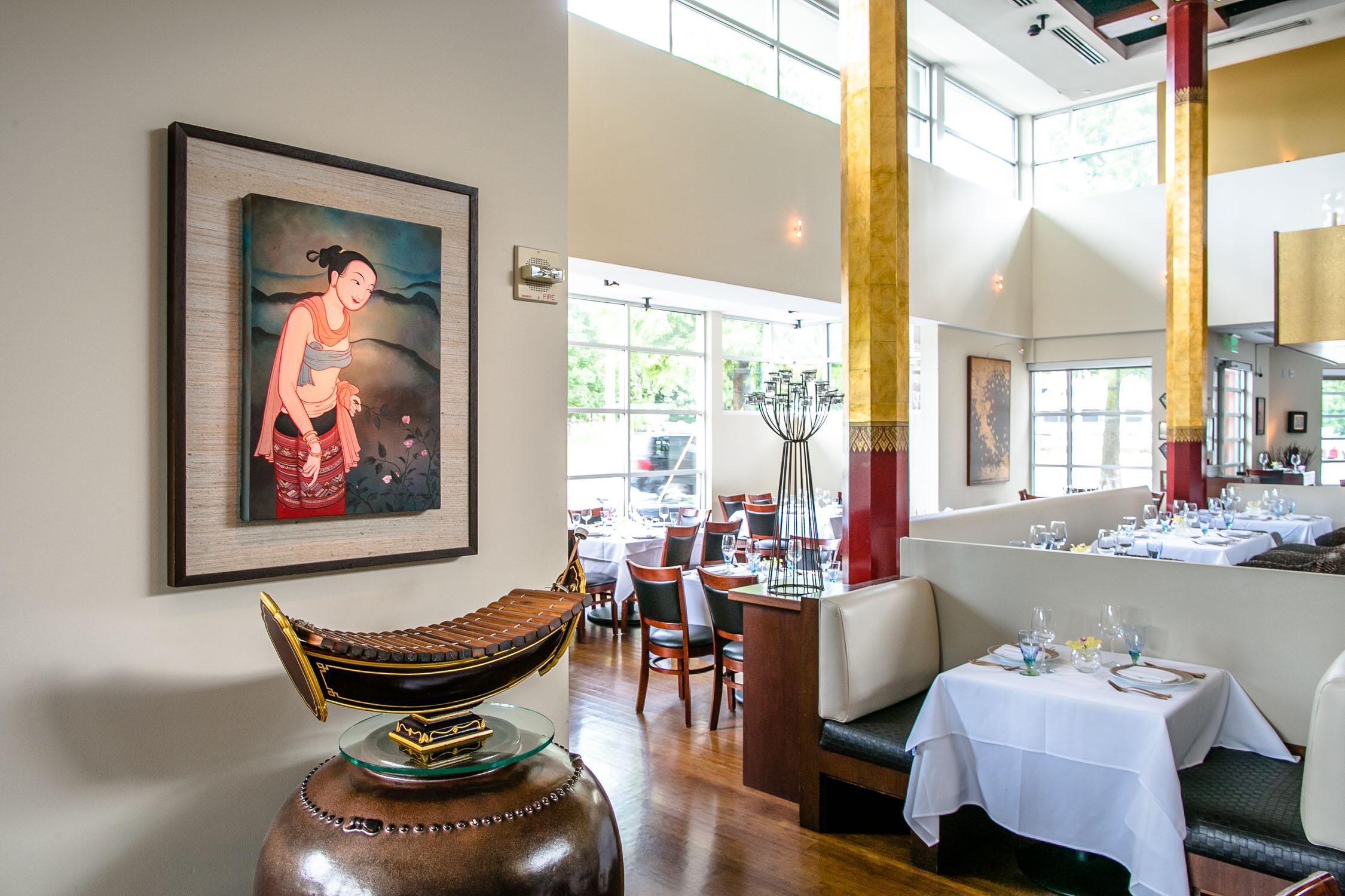 Nan-Thai-Fine-Dining-Decor-Erik-Meadows