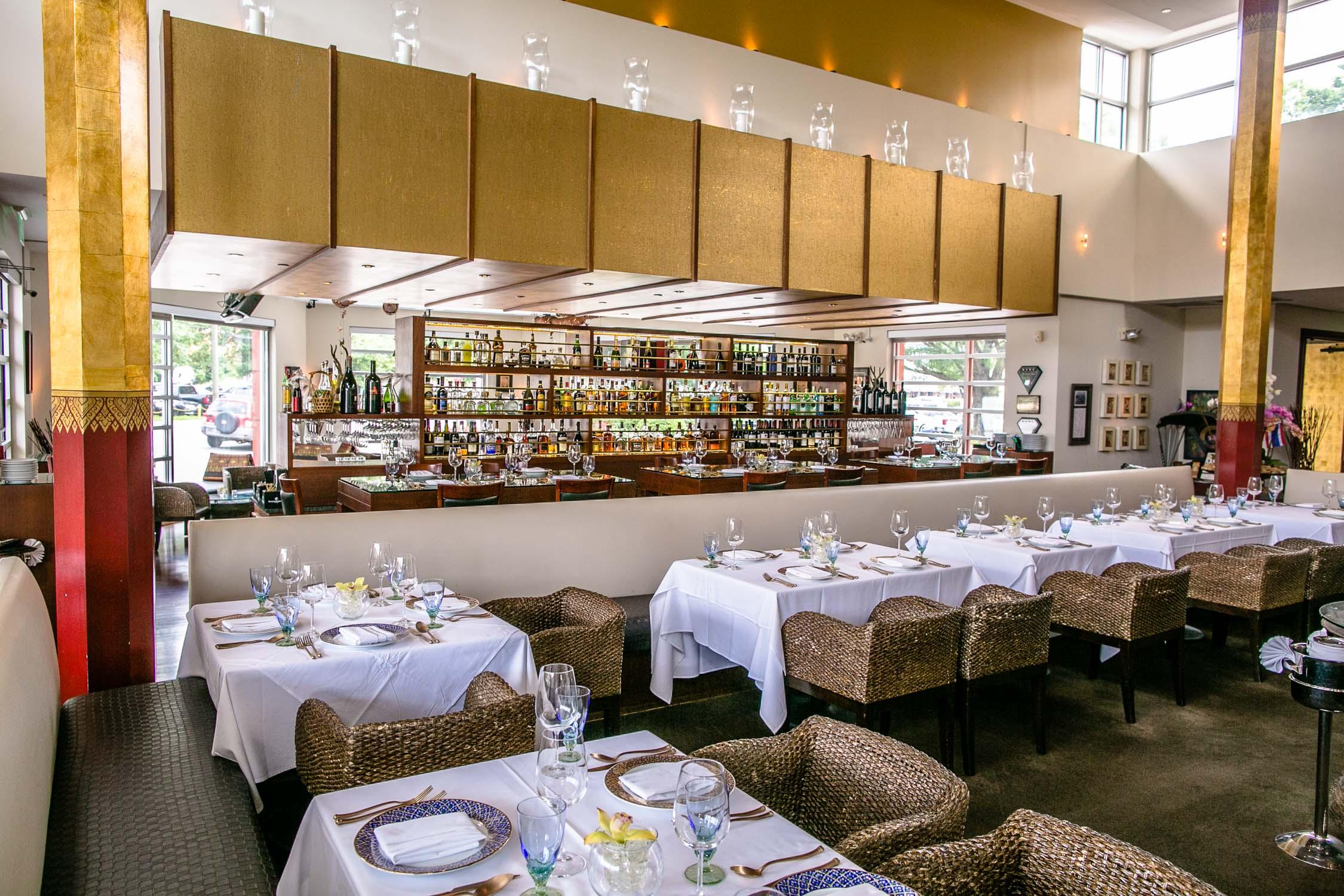 Nan-Thai-Fine-Dining-Tables-Erik-Meadows