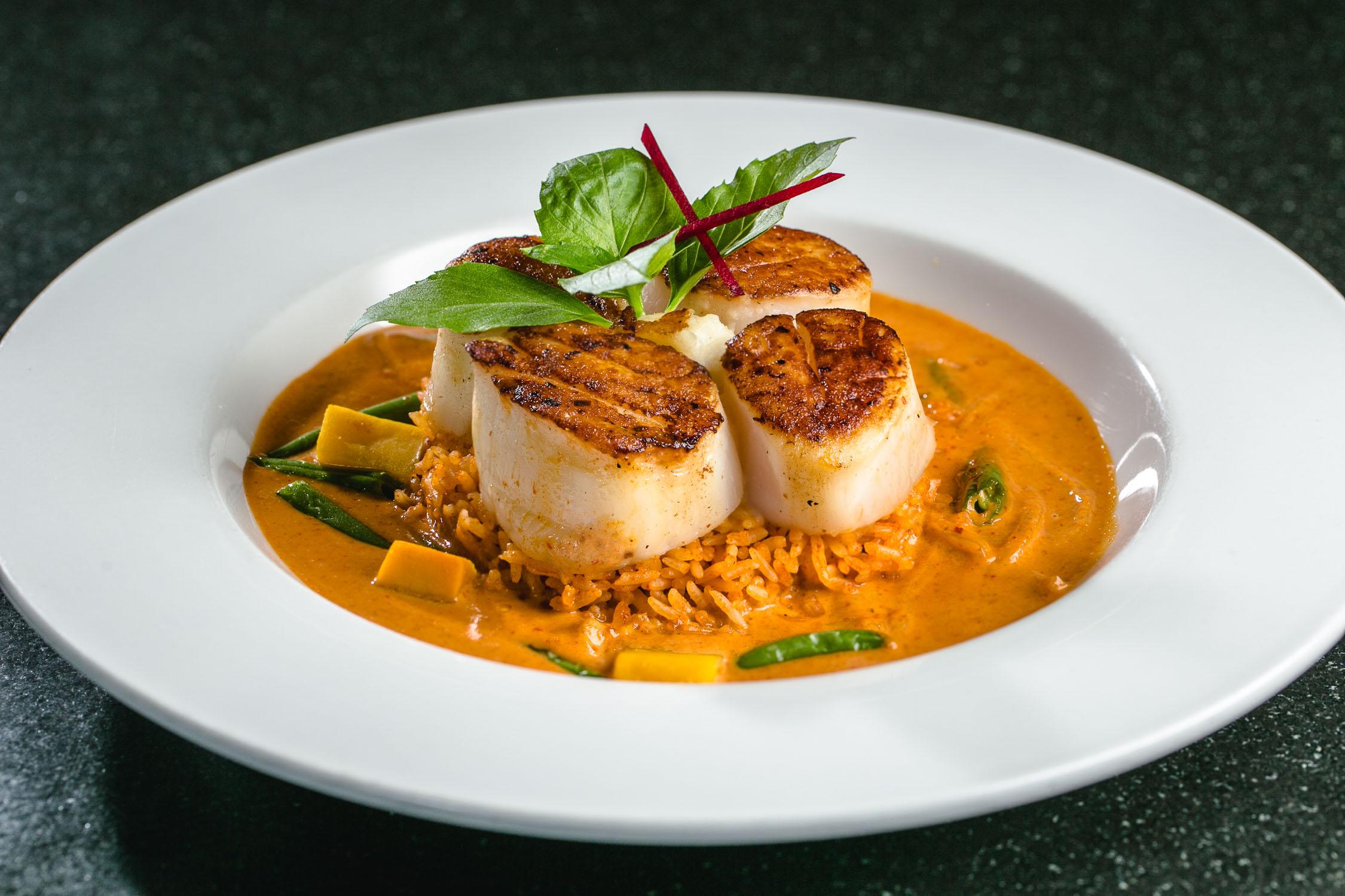 Nan-Thai-Fine-Dining-Scallops-Erik-Meadows