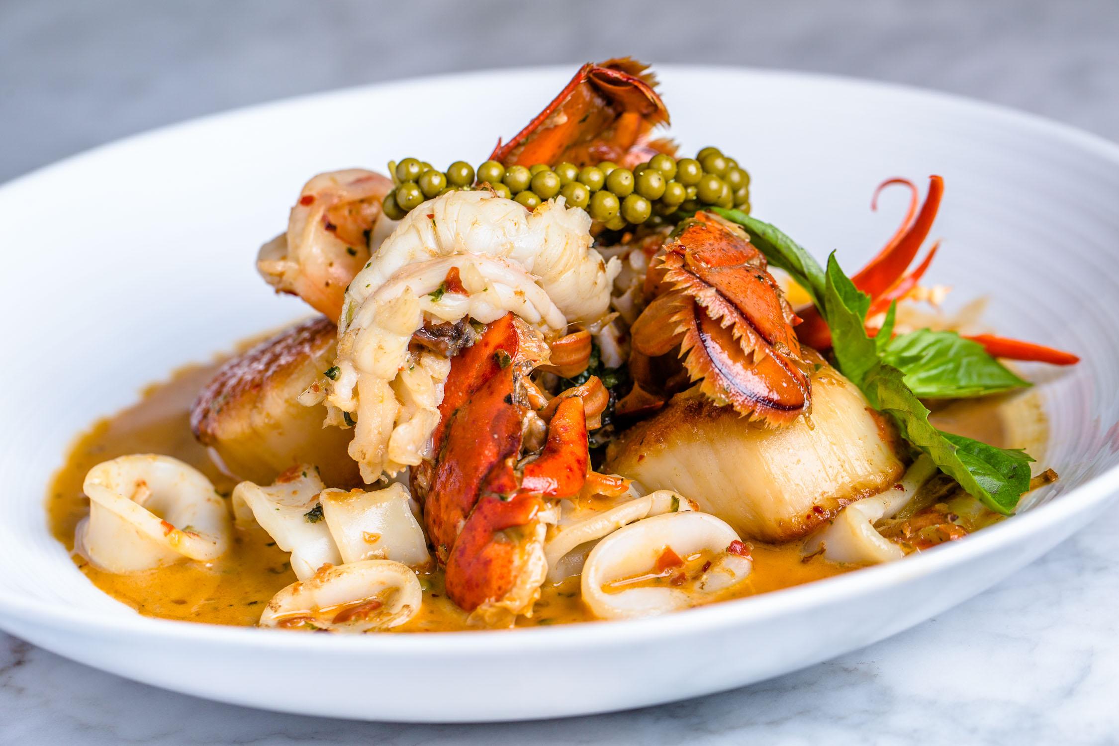 Nan-Thai-Fine-Dining-Lobster-Erik-Meadows