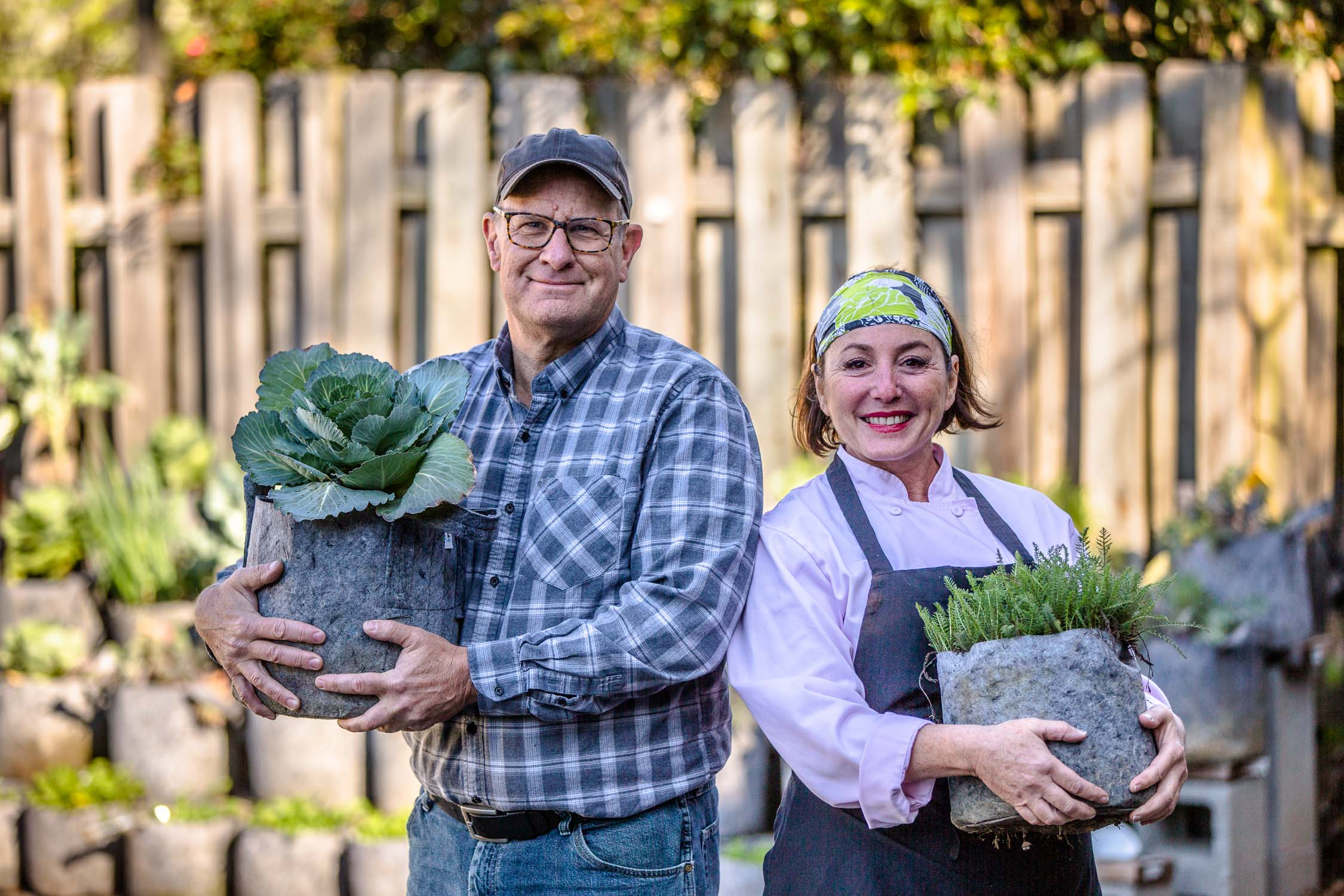 Souper-Jenny-Levison-in-her-gardens-Erik-Meadows