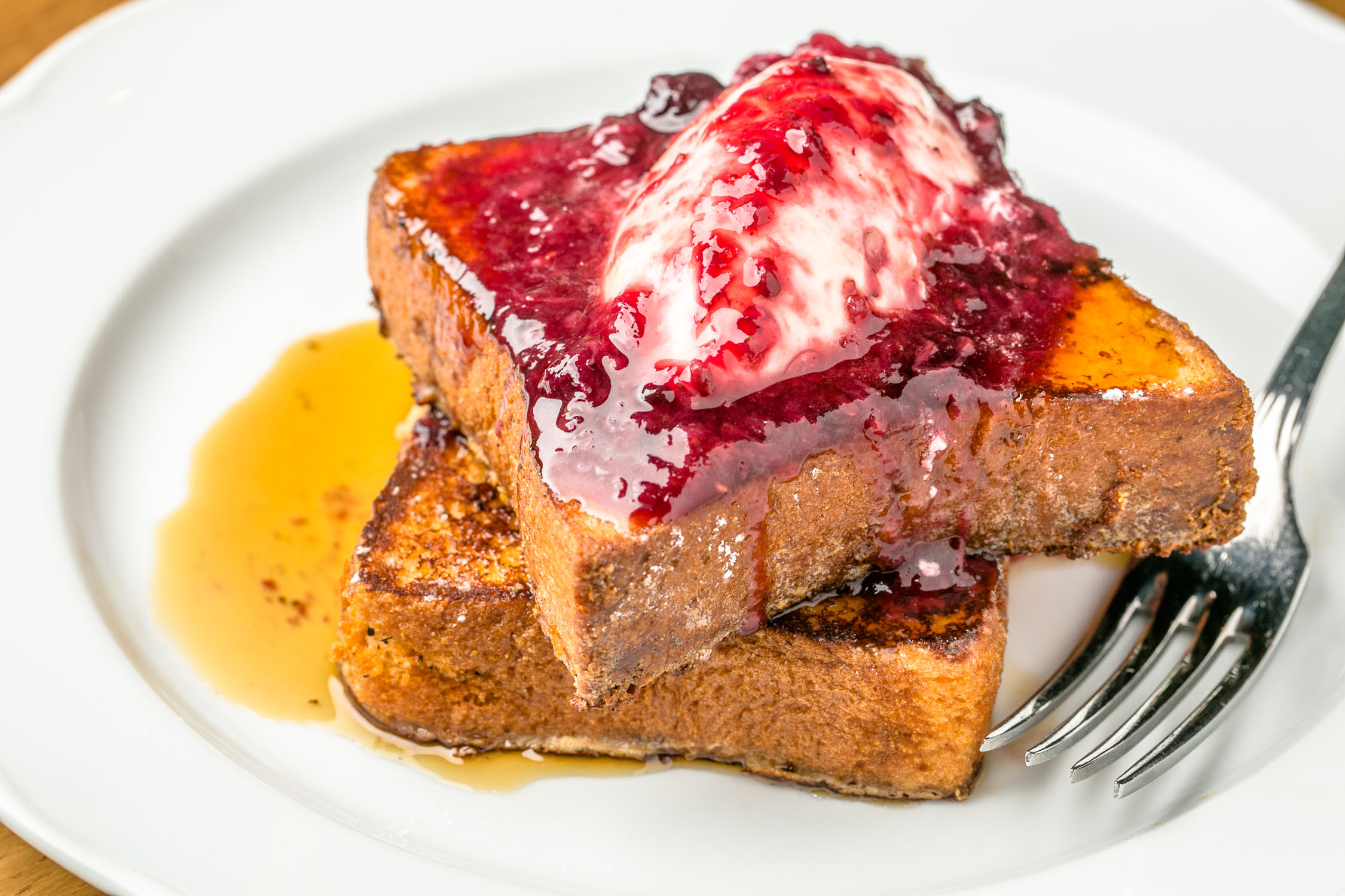 Omni-Hotel-at-The-Battery-Atlanta-Suntrust-Park-French-Toast-Syrup-Erik-Meadows