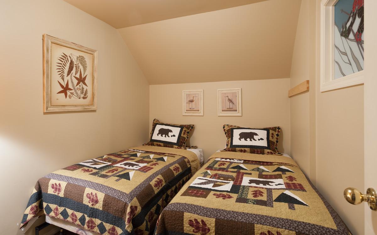 G9-Bedroom-2.jpg