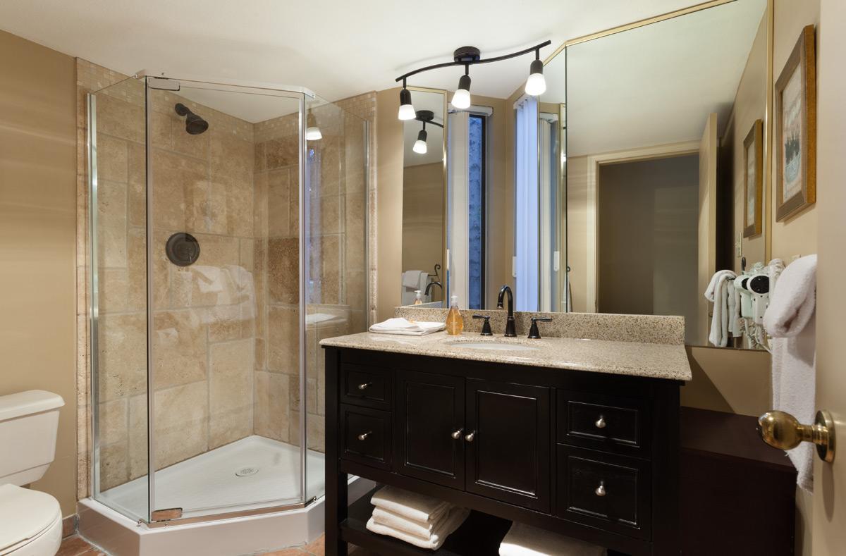 G17-Bath2.jpg