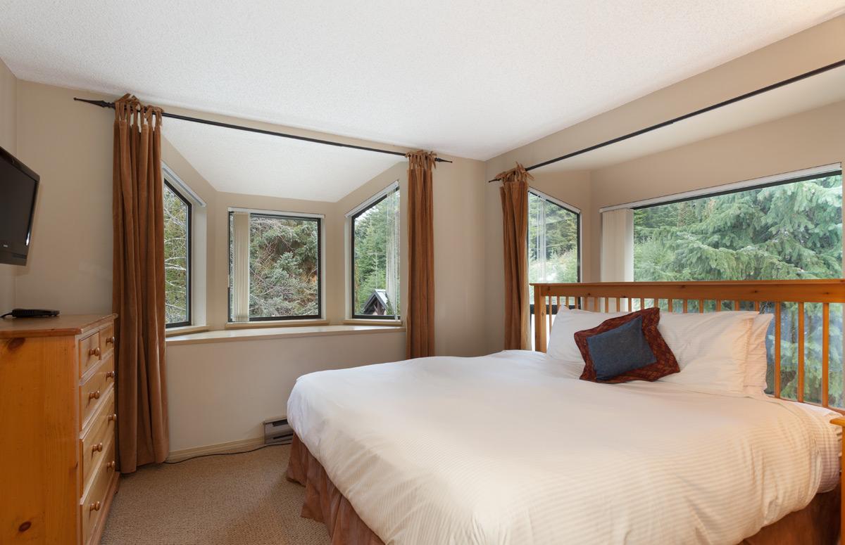 G17-Bedroom1.jpg