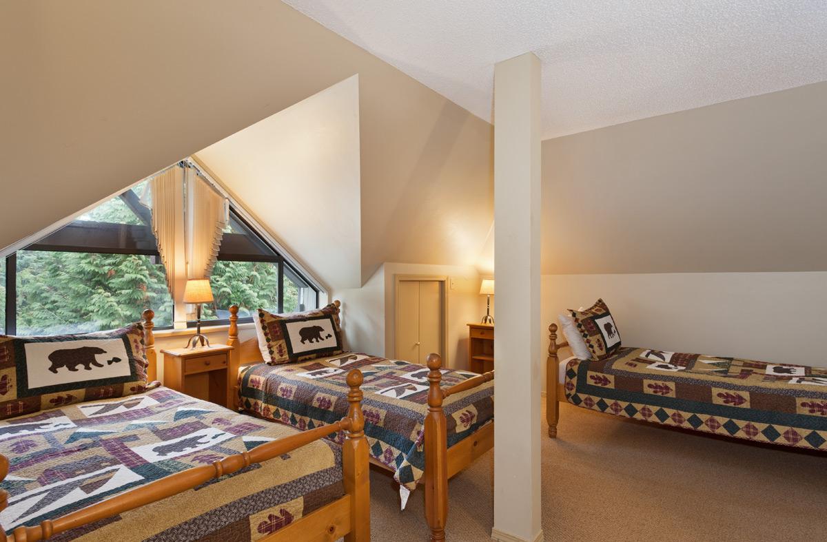 G17-Bedroom4.jpg