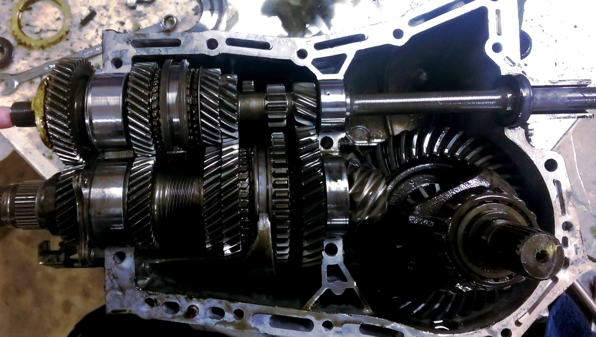 Subaru manual gear box.jpg