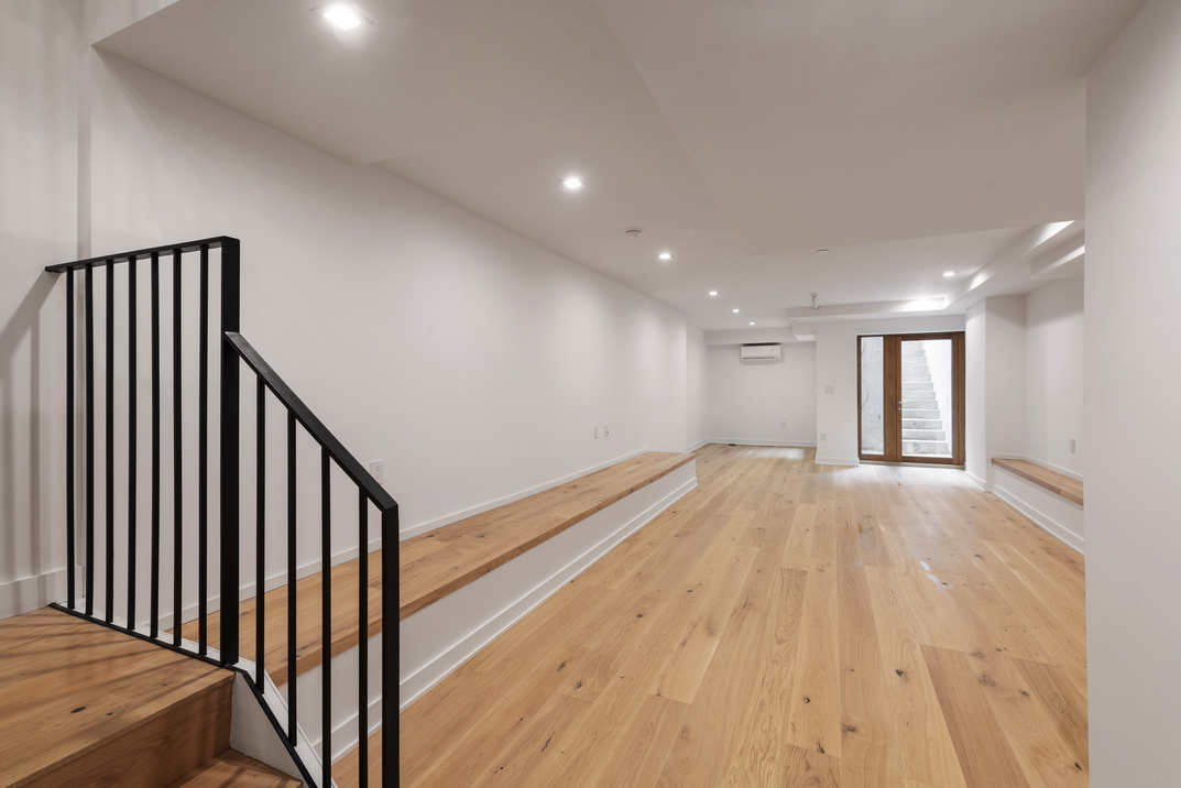 102 West 118th Street parlor triplex__12_resize.jpg