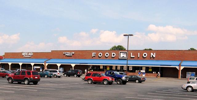 foodlion-shopping-center.jpg