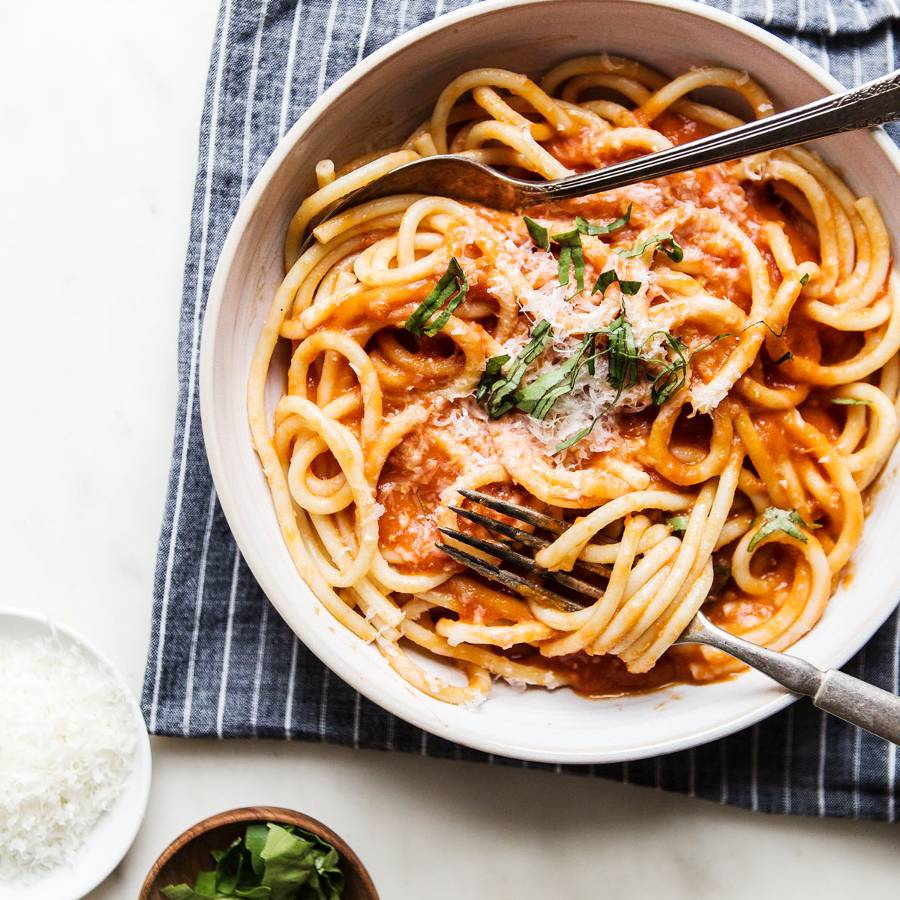 Cooking Pasta This Way Makes It So Much Healthier, Says a Native Italian     | MyDomaine
