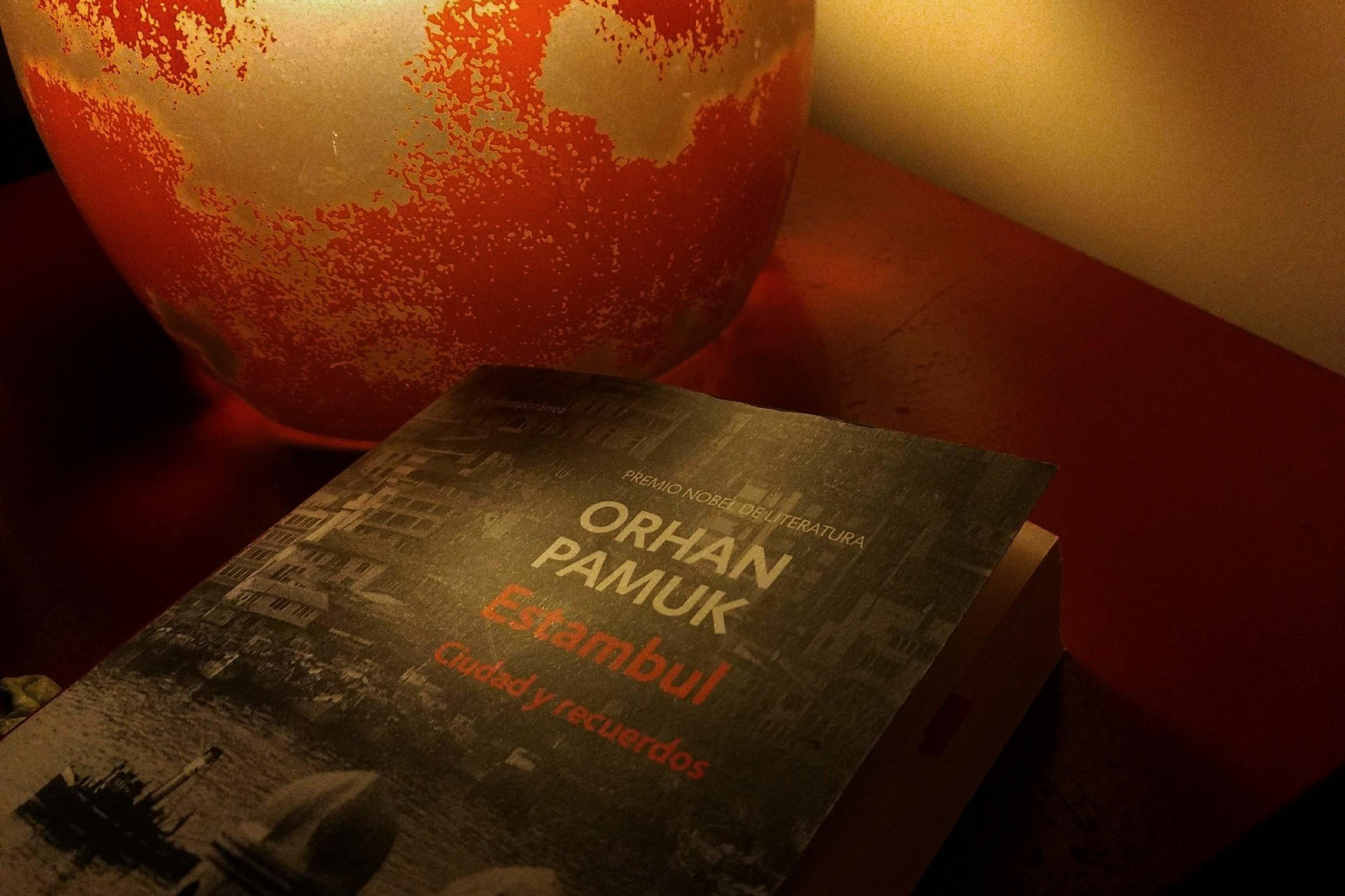 Reseña Estambul Ciudad Y Recuerdos Orhan Pamuk Video