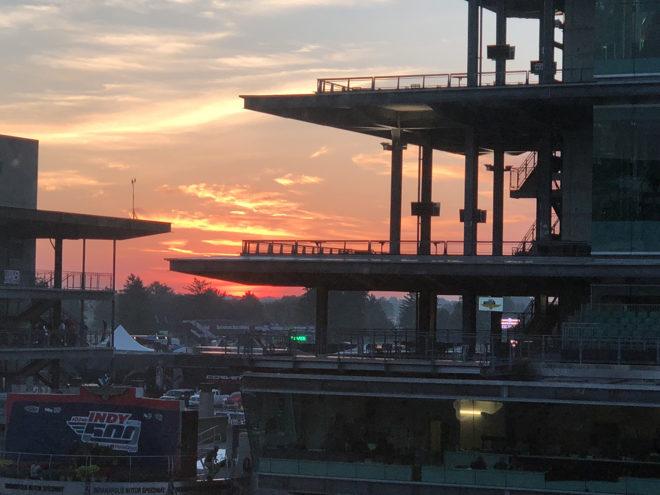 03-Indy-500-Sunrise-660x495.jpg