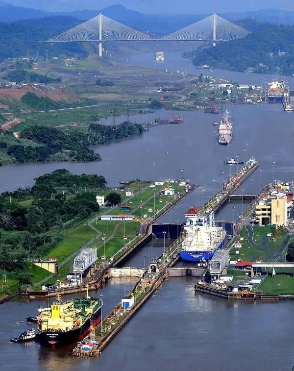 Panama Canal Mira Flores Locks & Puente Centenario.jpg