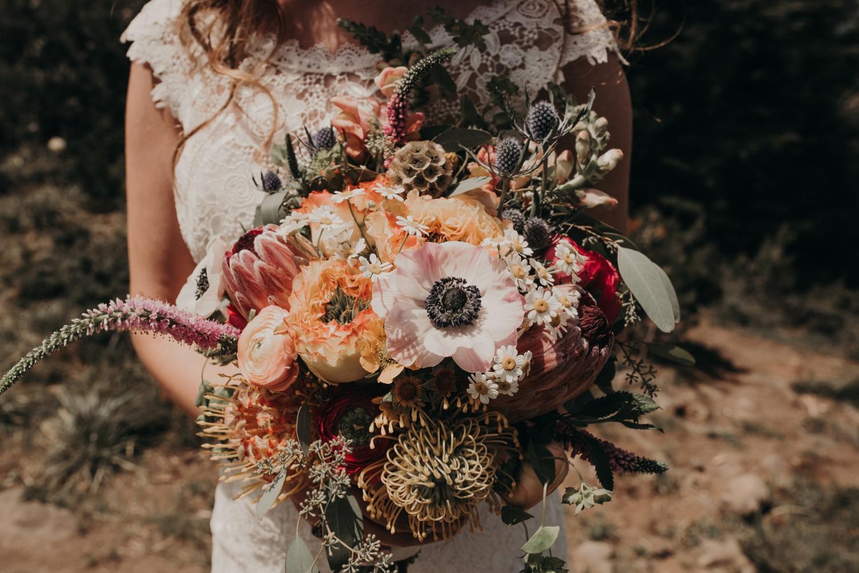 Olivia_Kyle_Mt_Hood_Wedding_0249.jpg