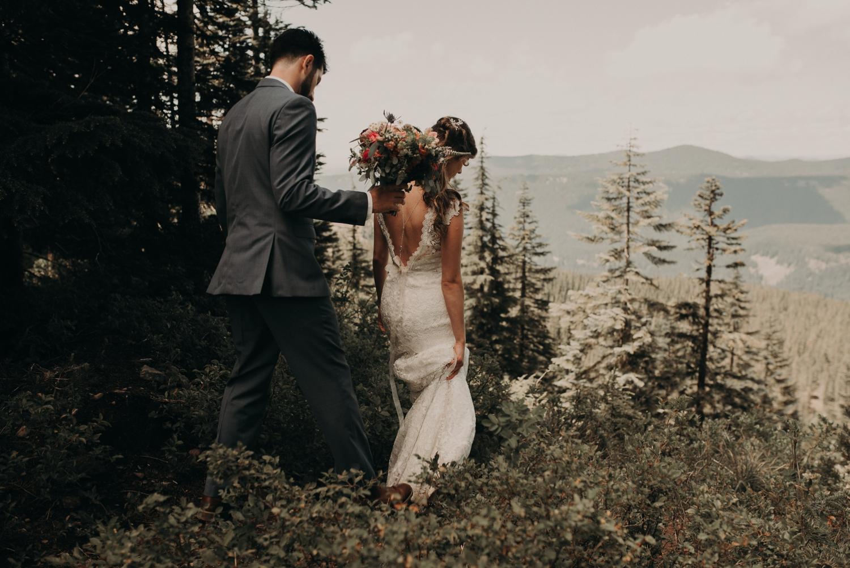 Olivia_Kyle_Mt_Hood_Wedding_0252.jpg