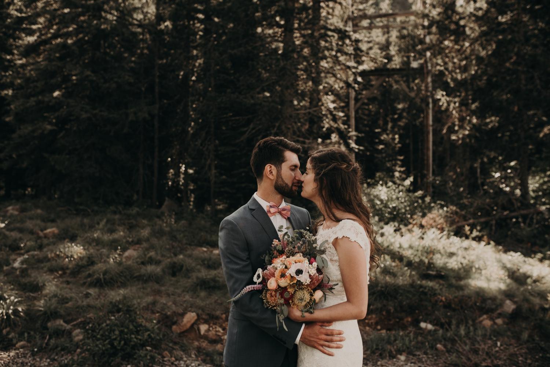 Olivia_Kyle_Mt_Hood_Wedding_0282.jpg