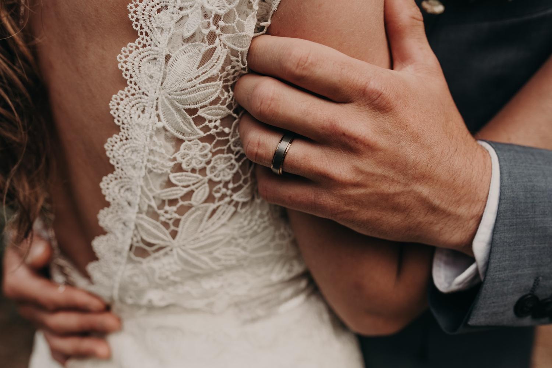 Olivia_Kyle_Mt_Hood_Wedding_0292.jpg