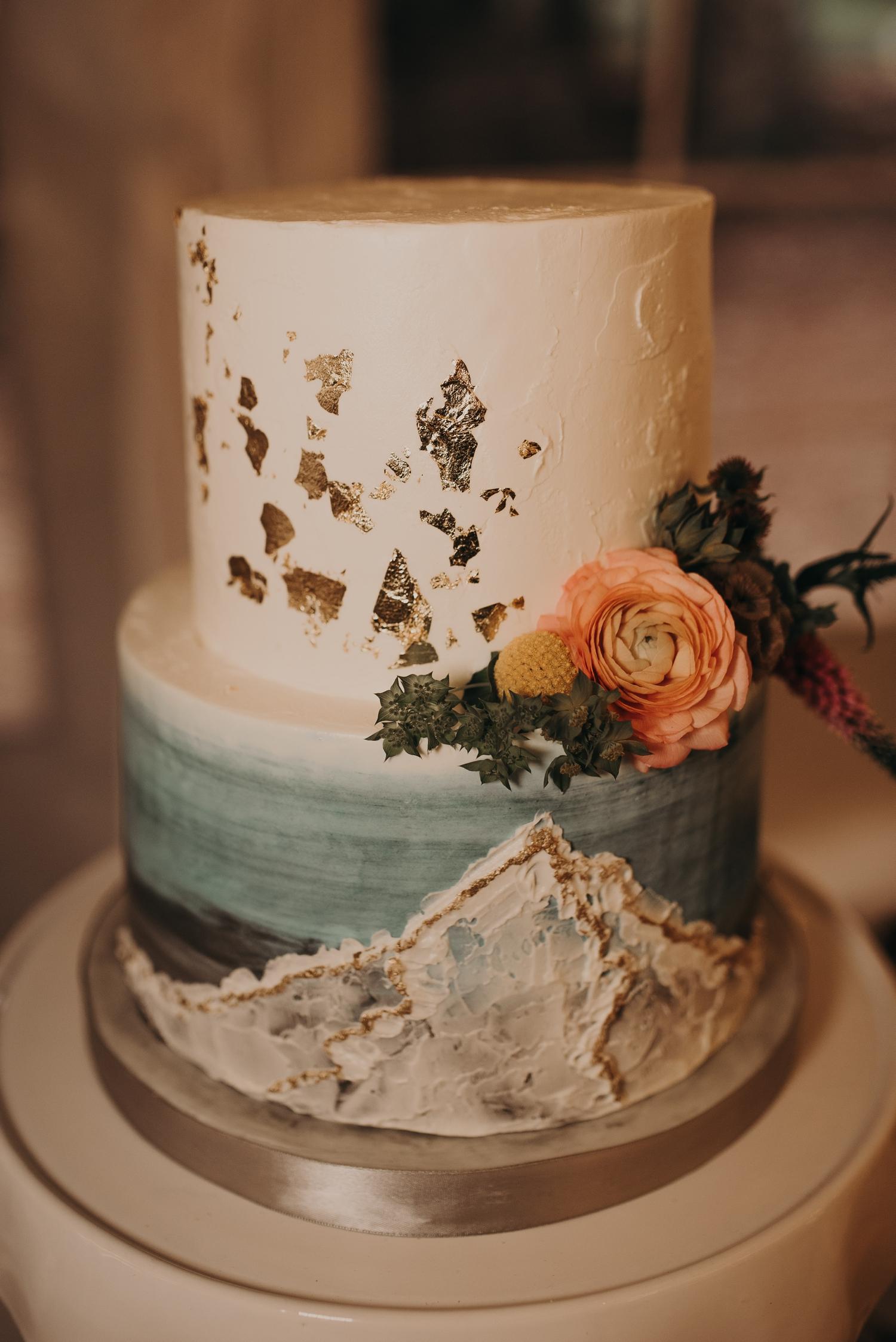 Olivia_Kyle_Mt_Hood_Wedding_0316.jpg
