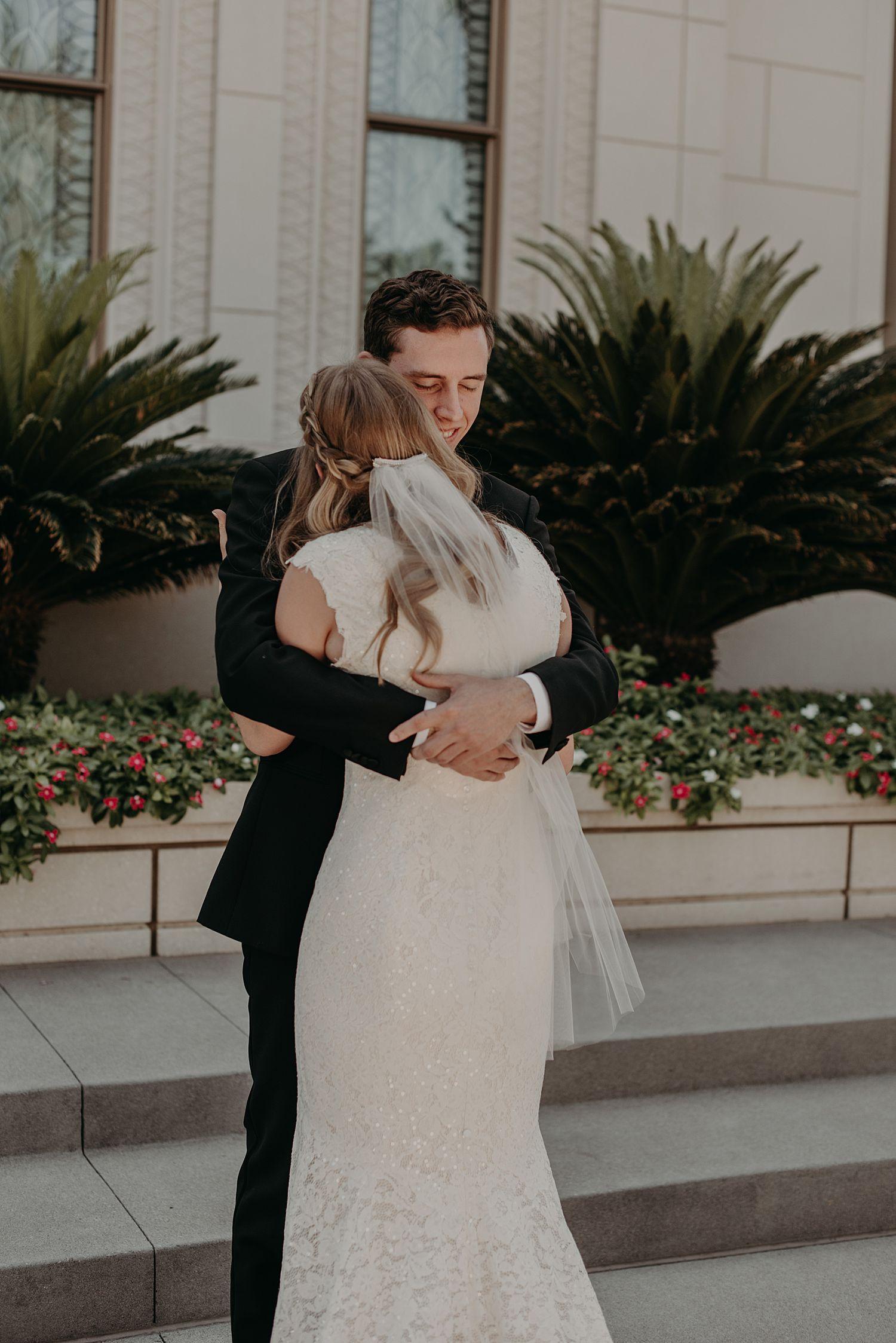 Abby_Andrew_Scottsdale_Arizona_Wedding_0847-1.jpg