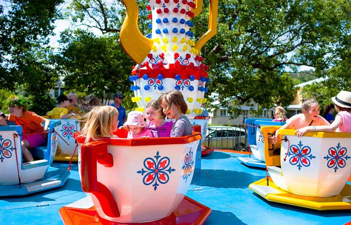cup-and-saucer-ride-sml.jpg