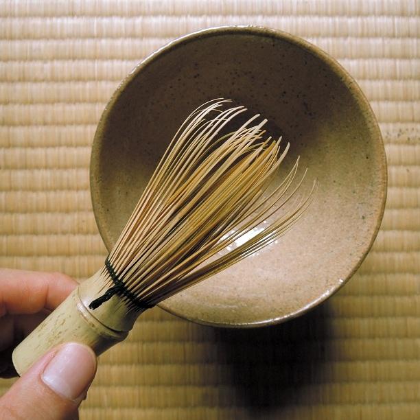 totousha+bamboo+whisk.jpg