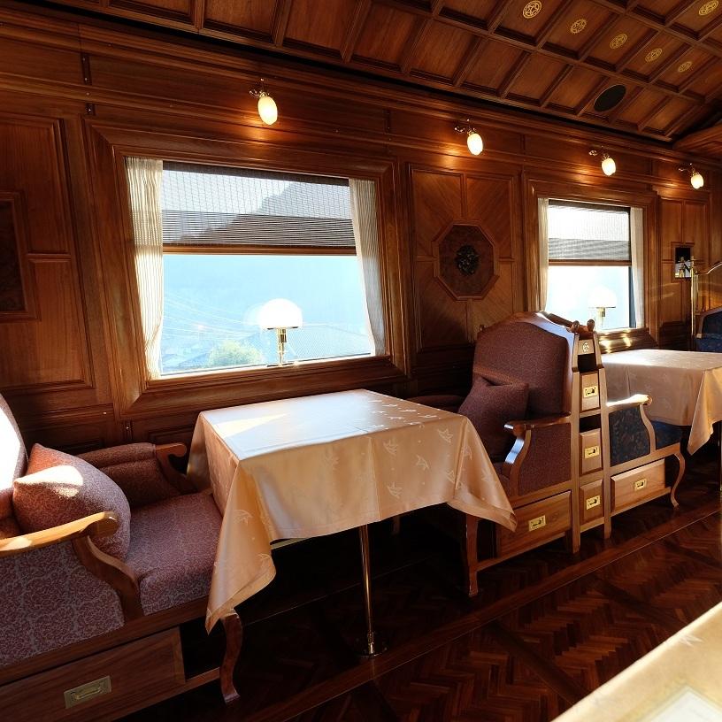 Seven+Stars+Train+Dining+car.jpg