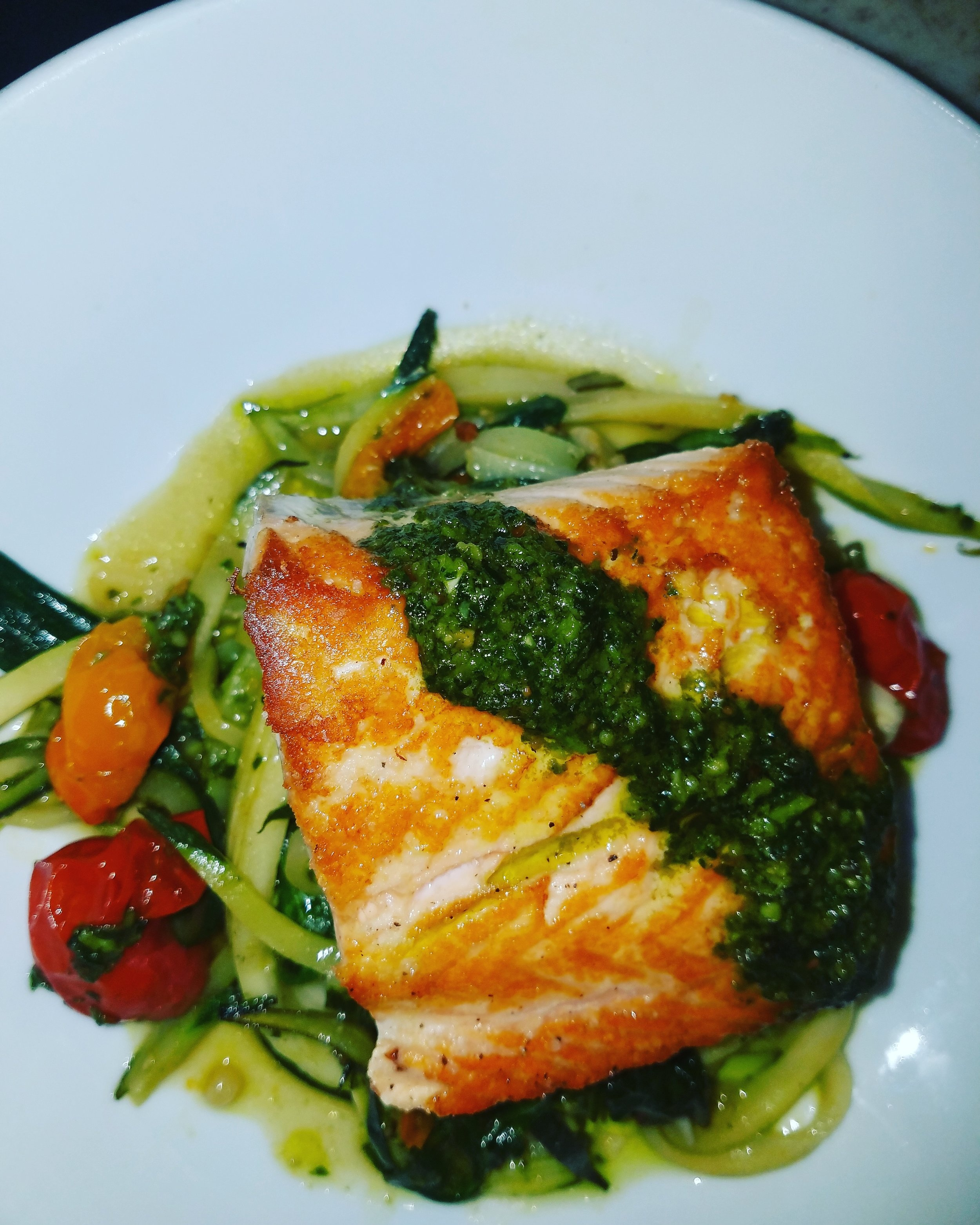 Salmon with Zucchini Noodle