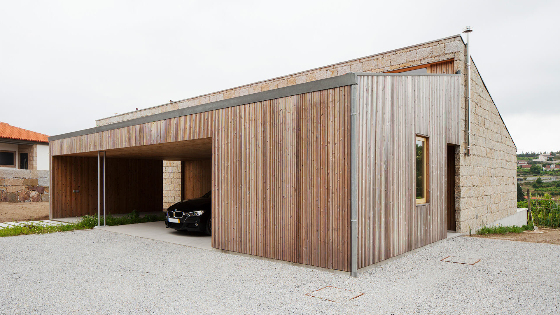 private-house-in-Penafiel-with-Lunawood-Thermowood-exterior-cladding-1.jpg