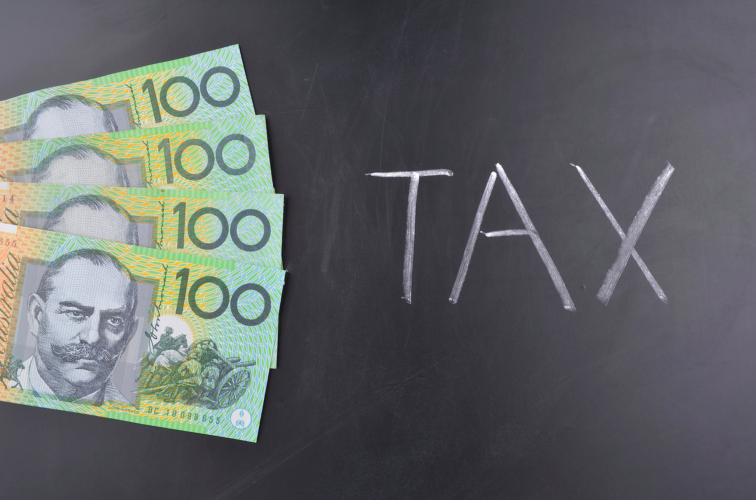 expatriate-tax-australia_000062088370_Medium.jpg