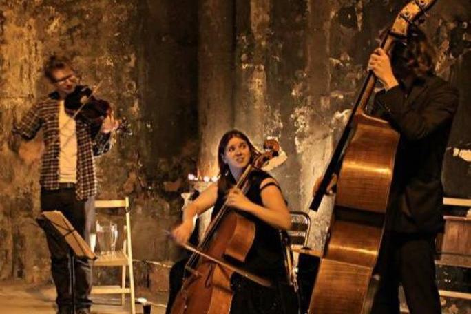 Spectrum Jazz Trio -