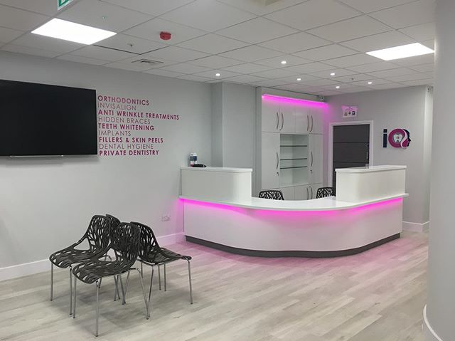 Tristone can be the go-to #solidsurface for healthcare buildings in the UK. Offering a non porous surface, inconspicuous joins and near limitless design potential at a cost effective price, discover the features and benefits of #Tristone today!  #BeInformed #YourTristoneCreation #Healthcare #ProjectSupport #RIBACPD #CommercialDesign #BespokeDesign #NHS
